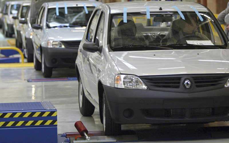 Russian car production has shrunk by 27.1% in November