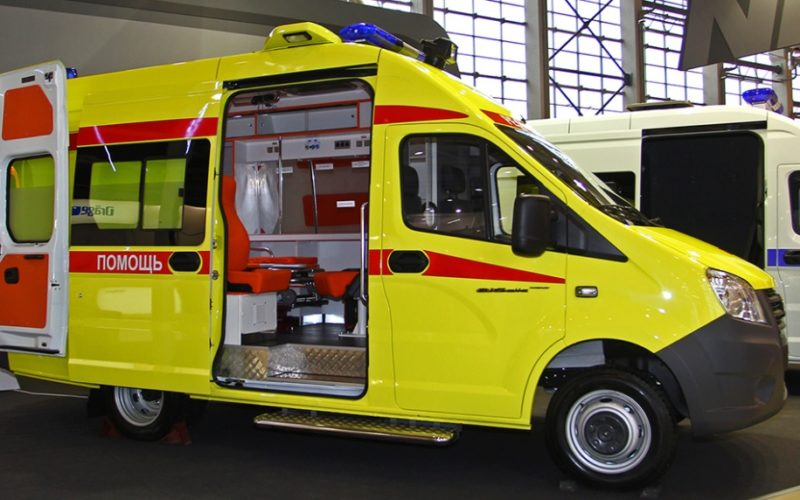 The Ministry of Industry and Commerce has signed a number of contracts on the supply of 4500 school buses and ambulances