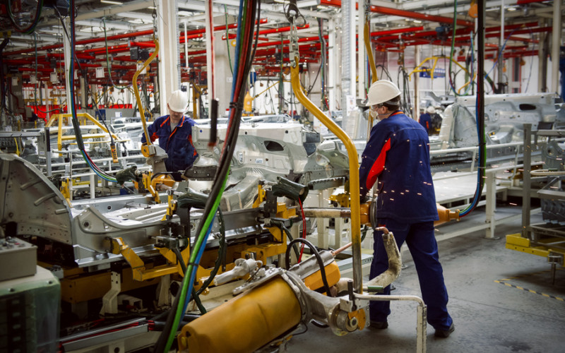 Car production will increase by 7% in 2017, according to the Government
