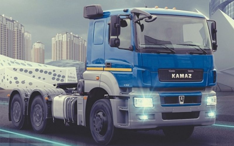 KAMAZ has started the road tests for its electric traction truck