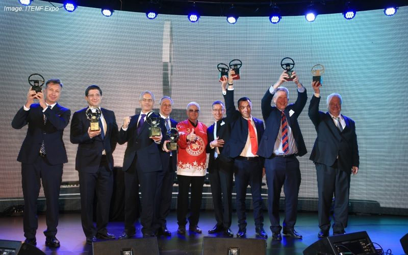 "The English website of ""The Best Commercial Vehicle of the Year"" launched"