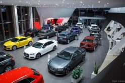 Russian car galleries have almost completely run out of automobiles