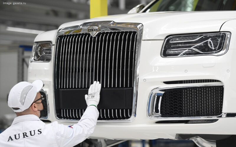 The mass production of Aurus automobiles has started