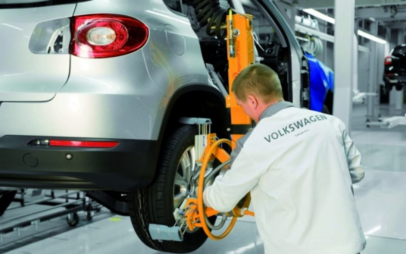 VW may stop cooperation with GAZ in case the US sanctions fully come into force