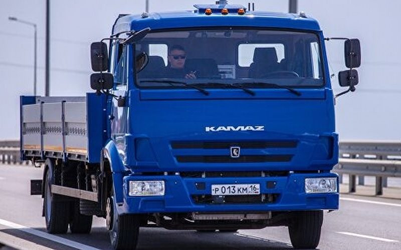 Test drives of the autonomous truck Odyssey continue at the KAMAZ factory